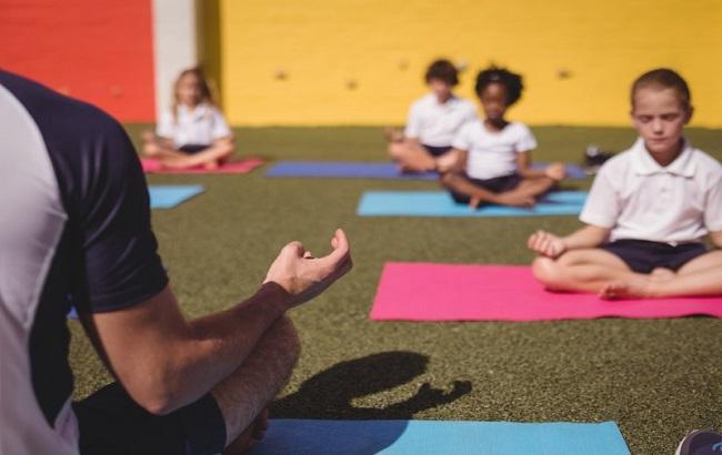 یوگا و کودکان سرطانی