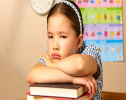چگونه فرزندمان را آمادۀ مهدکودک و مدرسه کنیم ؟